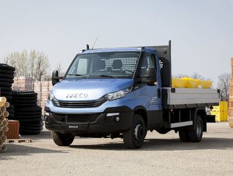 NewDailyCab_Iveco-1